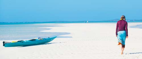 kayak the bahamas sandy beach