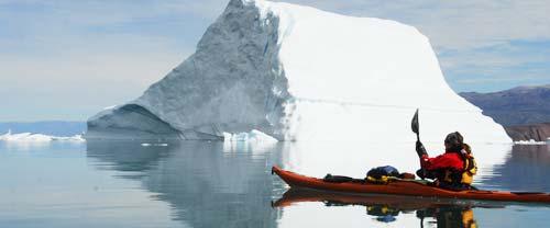 greenland kayaking icebergs glaciers scoresbysund